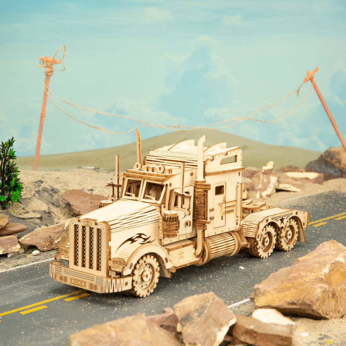 1:40 286pcs Classic DIY Movable 3D America Heavy Truck Wooden Puzzle Game Assembly Toy Gift for Children Adult