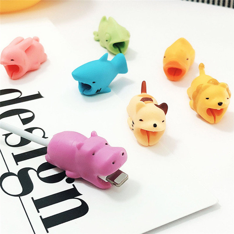 1pc Cute Animal USB Charger Cable Bite Protector For Iphone Android USB Cartoon Anti-breaking Data Cable Protector Toy Gift