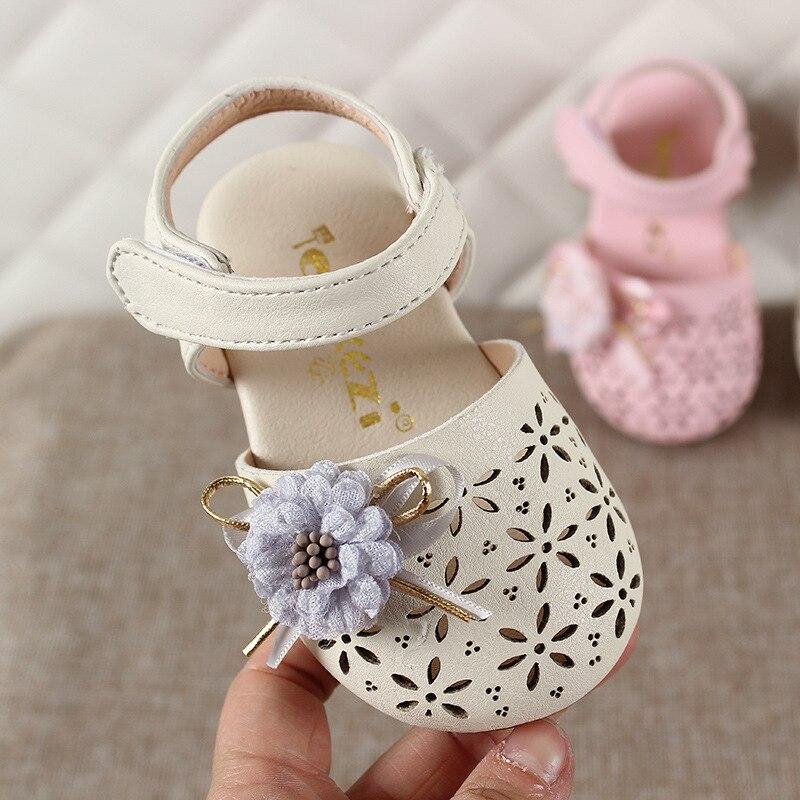 Girl Sandals 2020 Summer New Baby Sweet Sandals Princess Shoes Flower Soft Bottom Toddler Kids Shoes