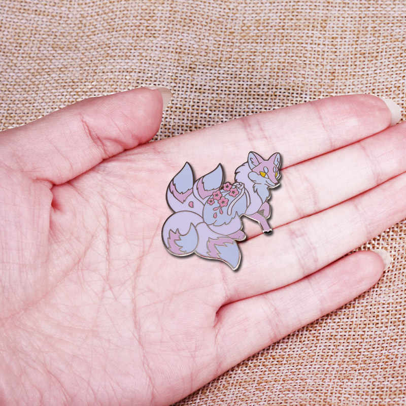 Vier Tailed Sakura Vos Harde Emaille Pin