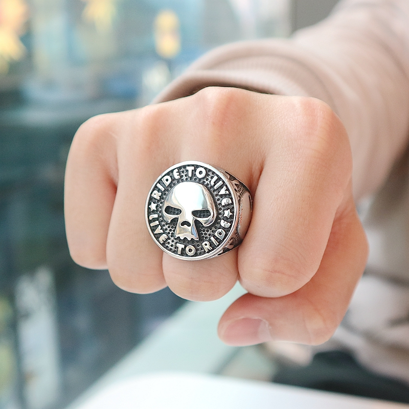 Newest Unisex 316L Stainless Steel Cool Ride to Live, Live to Ride Flaming Skull Big Ring Biker Style