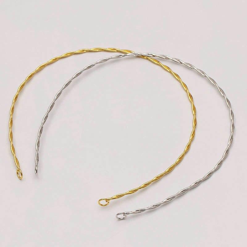 collier ras de cou metallique