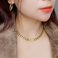 Collana girocollo a catena spessa collana da donna in acciaio inossidabile collane con lettera Punk di moda euramericana per regalo di gioielli da donna
