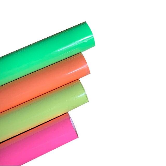 شحن مجاني توهج في الظلام 1 ورقة 25 سنتيمتر x 50 سنتيمتر مضيئة نقل الحرارة الفينيل noctiitech الصحافة آلة التي شيرت الحديد على HTV الطباعة