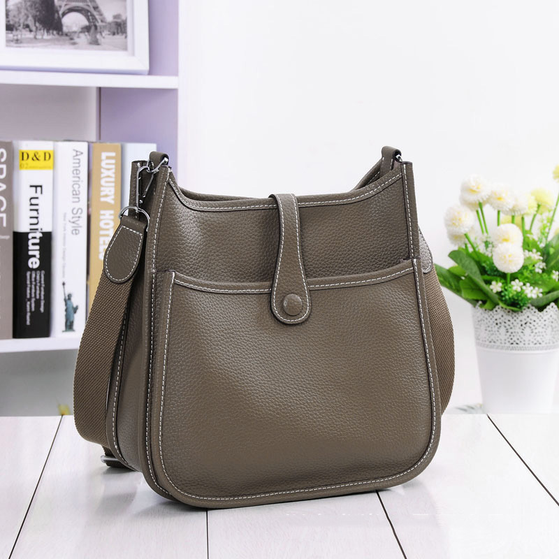 HOT New Fashion Women Genuine Leather Bags Ladies Messenger Shoulder Bag Luxury Famous Brand Handbag Crossbody Bags For Women-in Shoulder Bags from Luggage & Bags