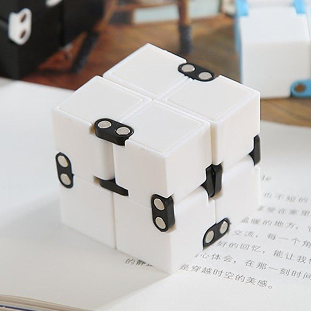 Unlimited Flip Pocket Magic Cube