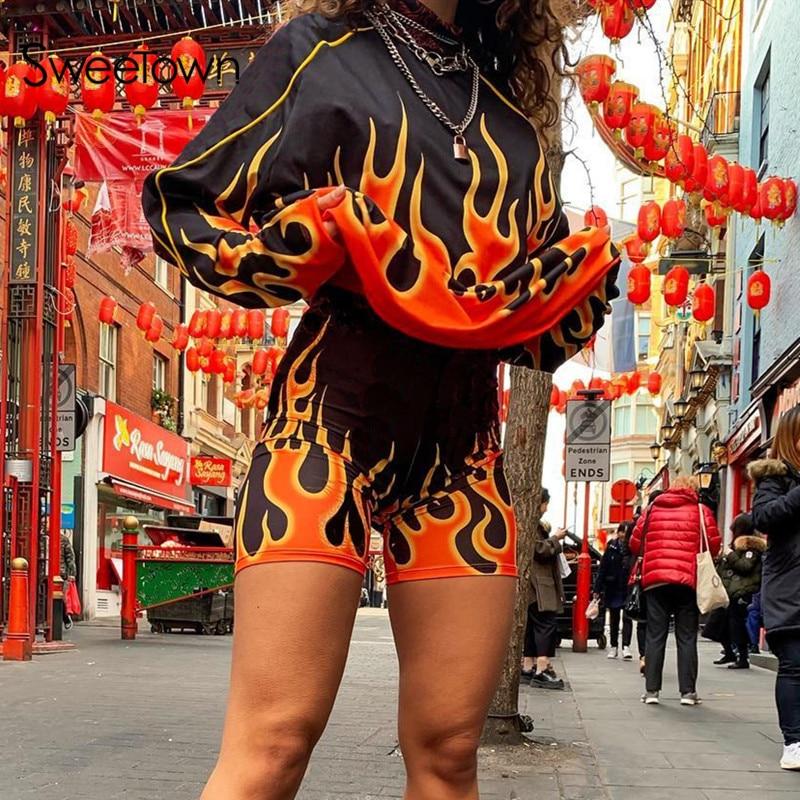 Sweetown 2019 Autumn Flaming Fire Printed Sweatshirt Streetwear Fashion Casual Plus Size Women Pullovers Long Sleeve Sweatshirts
