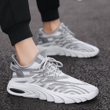 Mens Sneakers Jogging Casual Shoes Men Hot Sale Fashion Lightweight Thick Sole Hip Hop Breathable Footwear Street Shoe