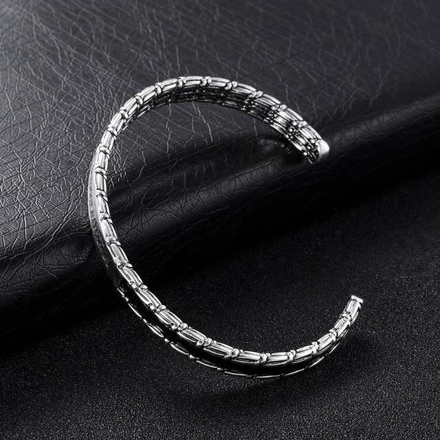 Купить высококачественные новые посеребренные браслеты в старинном