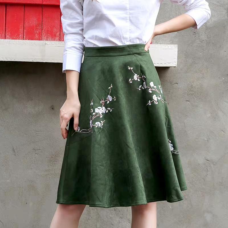 Fall Winter Suede Velvet PU Leather Army Green Peach Flower Embroidery Skirt Office Lady High Street England Preppy Style Skirts