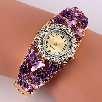 цена на Women Watch Alloy Crystal Bracelet Flower Wrist Watch Women Clock Quartz Watches With Rhinestone Quartz Bracelet Watch