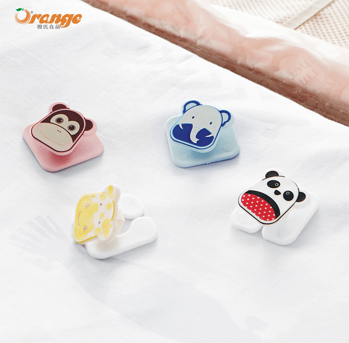 Household Quilt Anti-slip Fixed Device Anti-Skid Be Angle Quilt Cover Fixing Buckle Clip Safe No Needle (4 Pack)