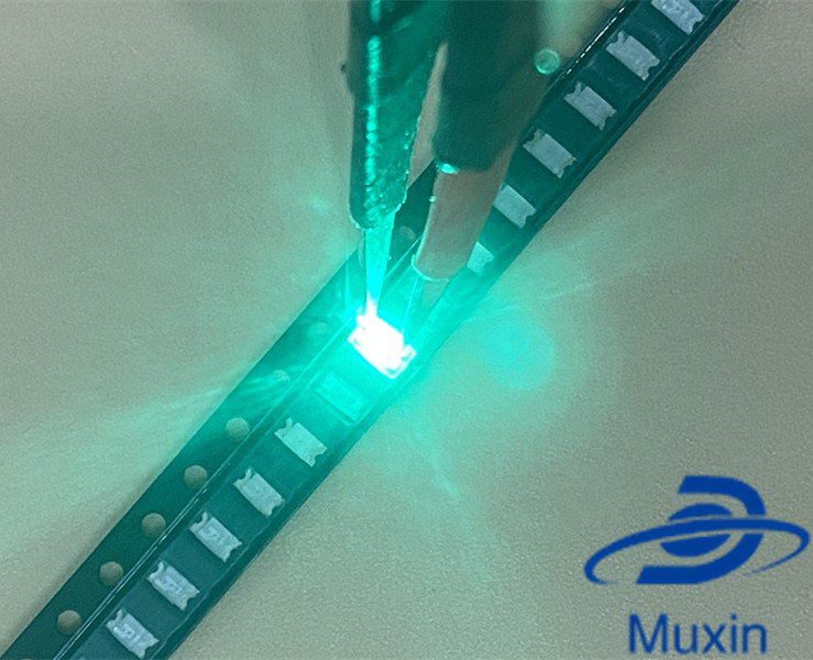 50Stks pcs Super bright SMD SMT 1206 GREEN LED lamp Bulb NEW