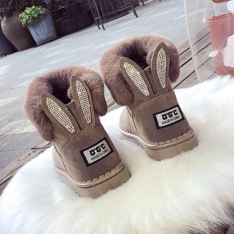 Kadın botları deri gerçek tilki kürk marka kış ayakkabı sıcak siyah yuvarlak ayak rahat Rhinestone bunny kulaklar modelleme kadın kar çizmeler