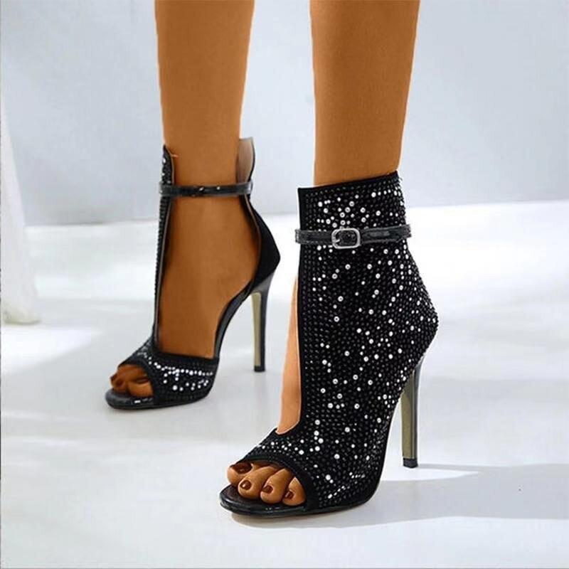 Mulheres bombas de cristal sandálias 2021 novo verão feminino tornozelo fivela cinta transparente apontou toe rasa sapatos femininos salto alto sapatos