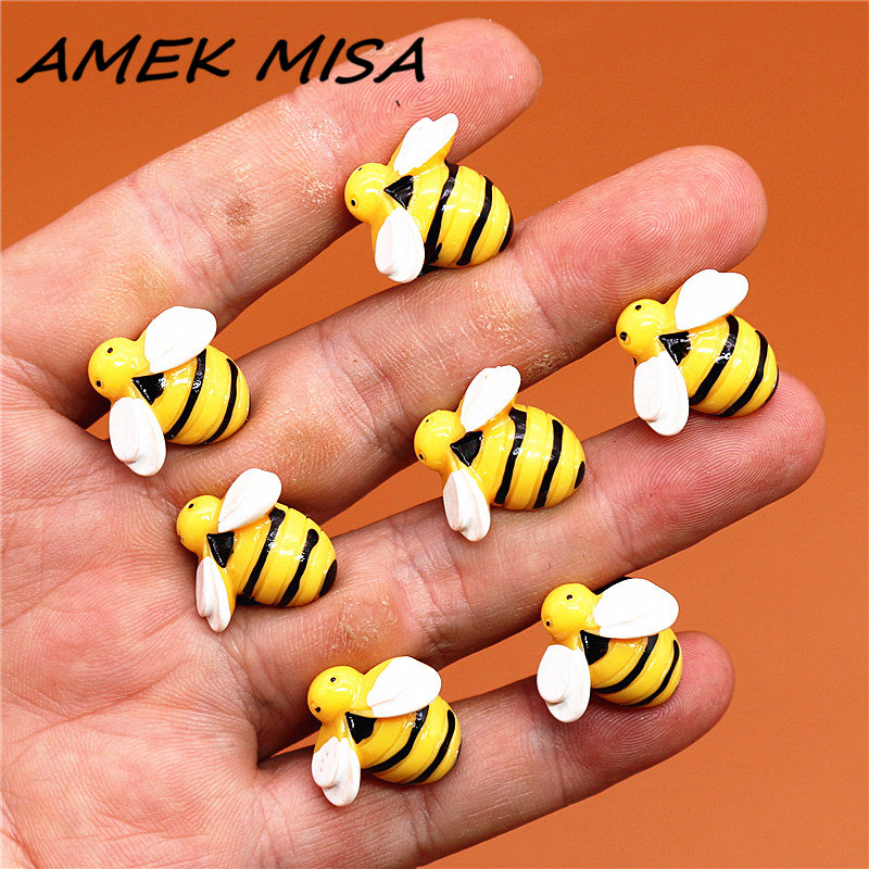 Single Sale 1pcs Novel Simulation Bee Shoe Charms Accessories Resin Shoe Decoration For Croc Jibz Kid's Party X-mas Gifts U133