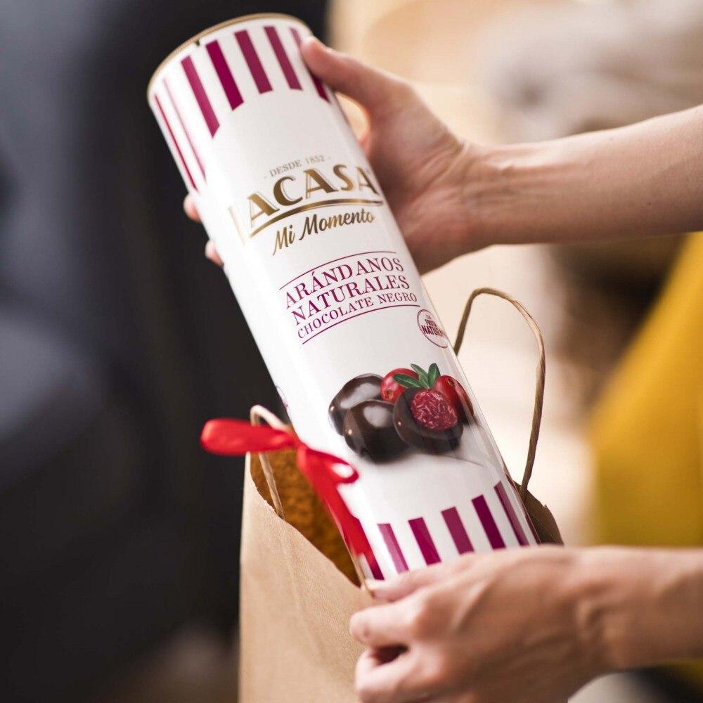 Megatubo lacase cranberry Chocolate black · 800g.