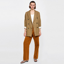 лучшая цена Simple Casual Texture Fabric Retro Decorative Buttons Commuter Loose Suit Jacket 2019 Notched Double Breasted Women Jacket Coat