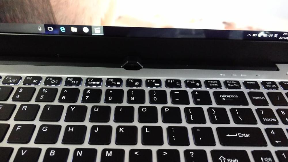 15.6 inch intel I7 core backlit keyboard with 16gb ram 256gb ssd and 1TB hdd