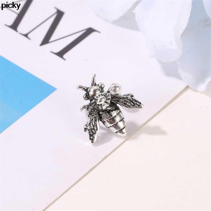 Vintage Bee nausznica złoty/srebrny sztuczne ucho Piercing Metal Earclip bez przekłuwania uszu klipsy dla kobiet Insect Earcuffs biżuteria