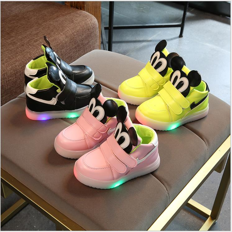 Hot Sale Children Glowing Shoes Princess Girls Led Shoes Loop Spring Autumn Cute Fashion Baby Sneakers LED Shoes Eu Size 21-30
