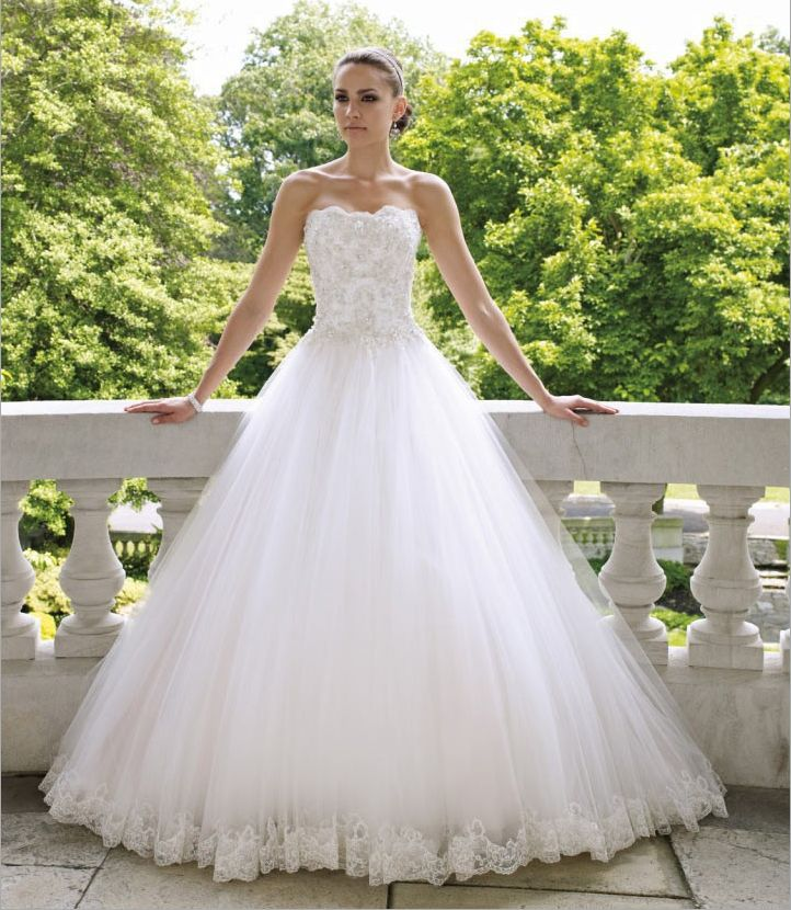 Ladies Vintage Lace Embroidered Tulle Wedding Ball Gown Bride Strapless Embroidery Formal Dresses Lace Up Vestidos De Novia