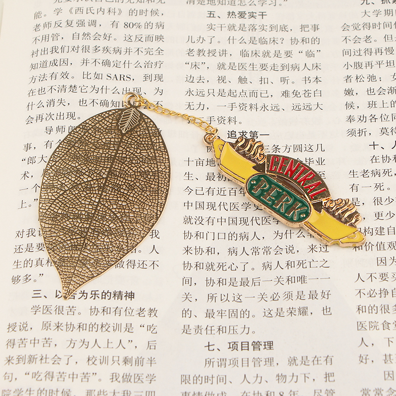 CA782 Friends TV SHOW Metal Bookmarks For Books Cartoon Leaf Context Chain Bookmarks Office Accessories School Stationery Items