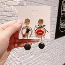 Серьги red lips number 5 с бантом и персонажами Геометрические