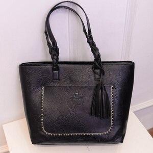 Image 4 - Женская сумка, женская сумка на плечо, Женская Ретро сумка тоут, женская новая модная сумка с кисточками, женские вместительные сумки
