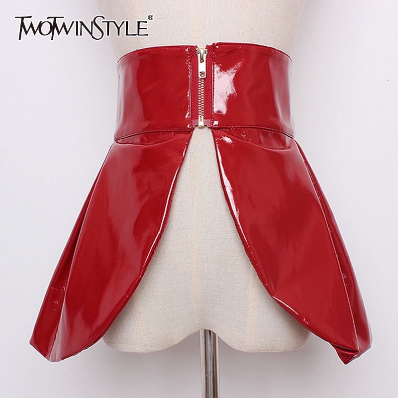 TWOTWINSTYLE PU Leather Belt Women High Waist Tunic Adjustable Clothes Accessories Female Belts 2020 Autumn Winter Fashion New