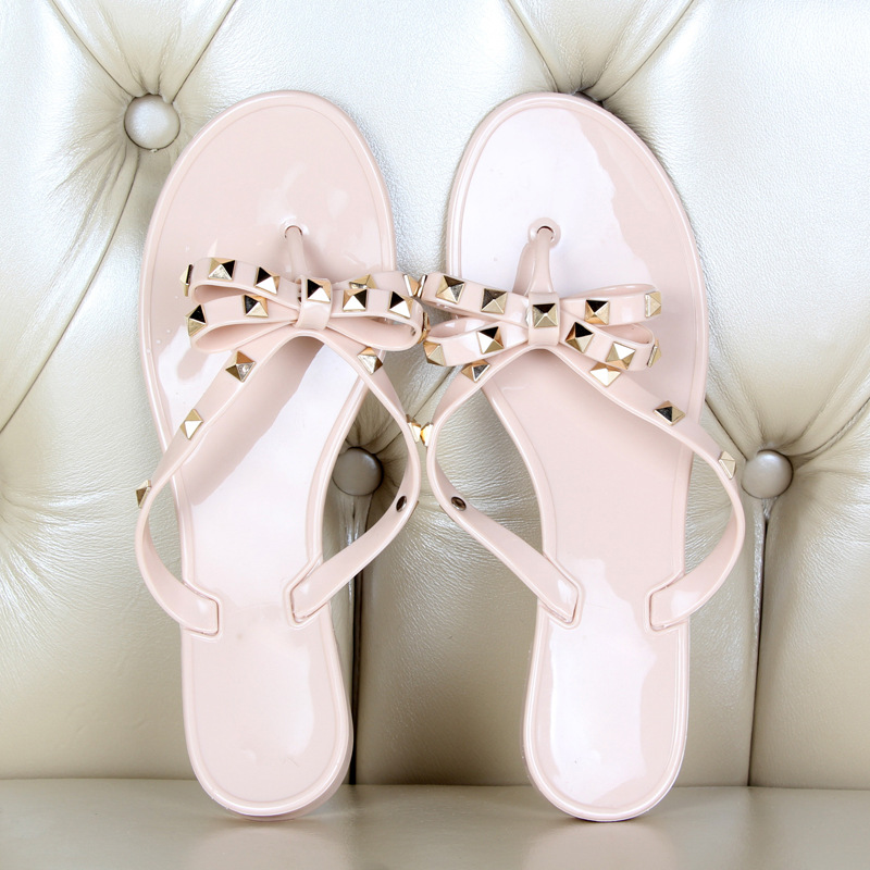 Summer Holiday Rivet Bowknot Flip Flops Girls Beach Slides Women Sandals Slip on Flat Jelly Shoes Women Studs Slippers 2019 1