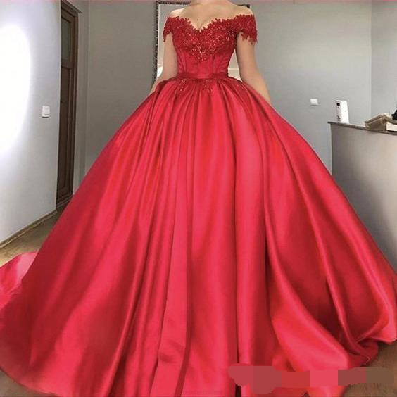 Simple Fashion Elegant Appliques V Neck Short Sleeves Dubai Ball Gown Prom Dresses Long Party Lebanon Formal Evening Dress 2019