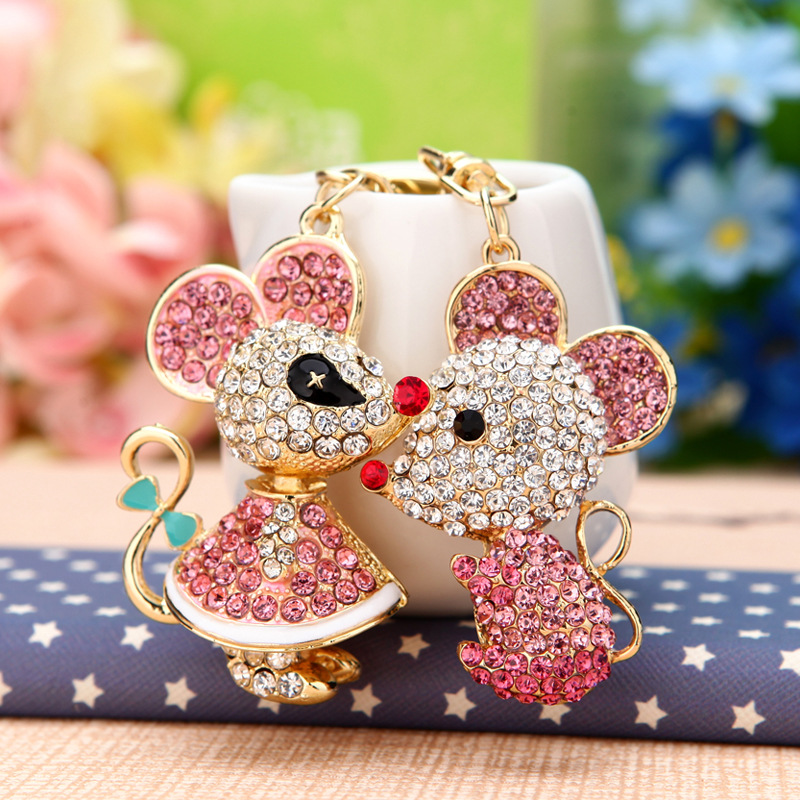 New Creative Crystal Mouse Keychain Cute Cartoon Pig 12 Zodiac Couple Girl Handbag Pendant Jewelry mens gift