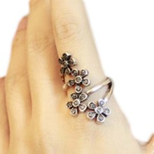 Latest Fashion Vintage Original Ring Single Four Small Plum Flowers Retro Opening Rings Jewelry Party Gift Drop Shipping WD412