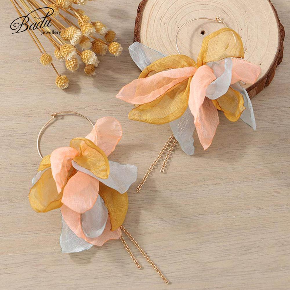 Badu Handmade Yarn Flower Earring Golden Round Hoop Long Chain Tassel Earrings for Women Cute Lovely Holiday Jewelry Wholesale in Hoop Earrings from Jewelry Accessories