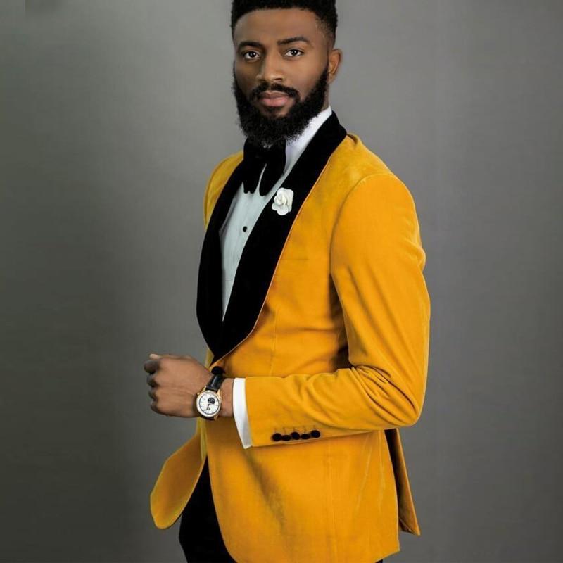 Новый стиль женихов, мужские желтые бархатные смокинги для жениха, шаль с черными лацканами, мужские костюмы, 2 предмета, Свадебный Лучший человек (пиджак + брюки + галстук), C816 - 2