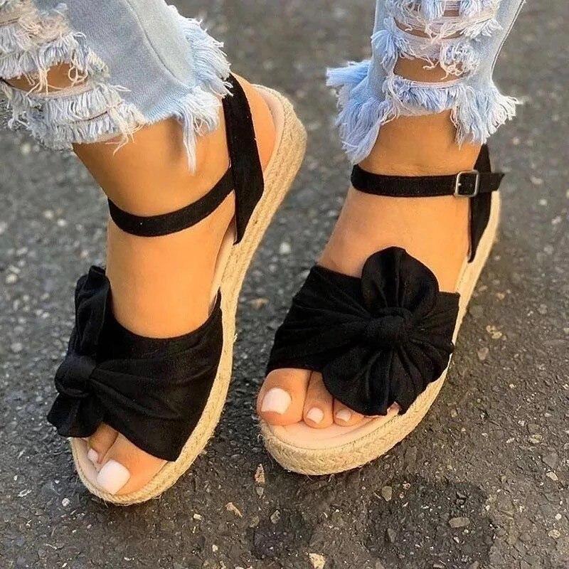 sapatos femininos todos os dias bonito e