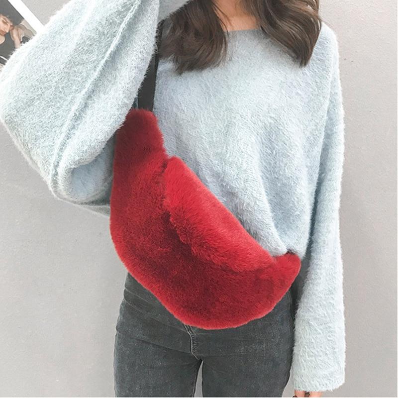 Plush Waist Bag Women 2019 Winter Faux Fur Chest Belt Bag Big Capacity Fanny Pack Fashion Travel Bum Bags Female Casual Clutch