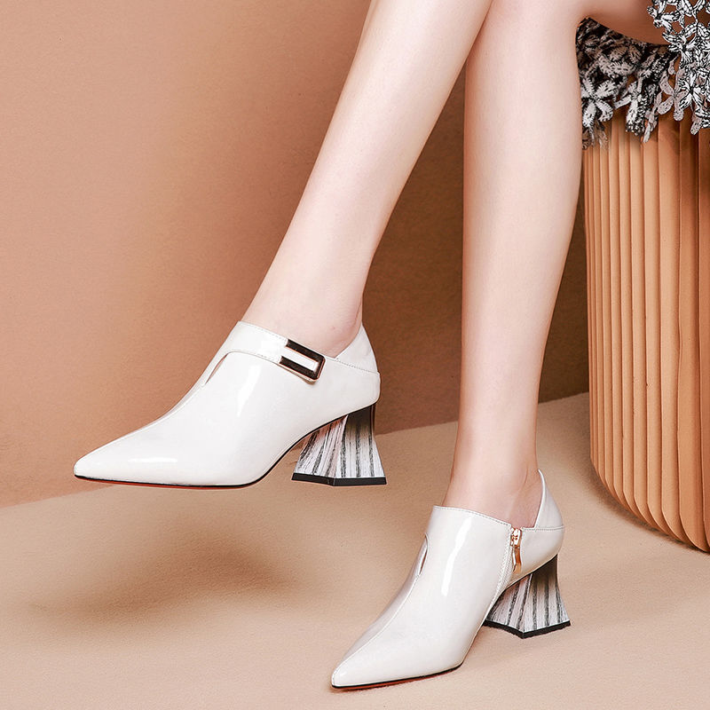 2020 Early Spring Shoe Woman Heels Women Pumps Pointed Toe Thick Heel Female Single Shoes Buckle Soft LEATHER Black White