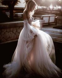 Super Fee Einfache Tüll Prinzessin Stil Off Schulter Ballkleid Hochzeit Kleid