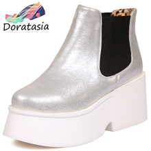DORATASIA New 33-43 Fashion High Platform Booties Ladies Winter Add Fur Ankle Boots Women 2019 High Wide Heels Shoes Woman цена и фото