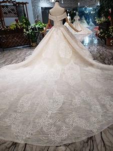 Image 2 - BGW HT43028 Sexy hors de lépaule robe de mariée avec longue Train dentelle Appliques perlée chérie luxe robe de mariée nouvelle arrivée