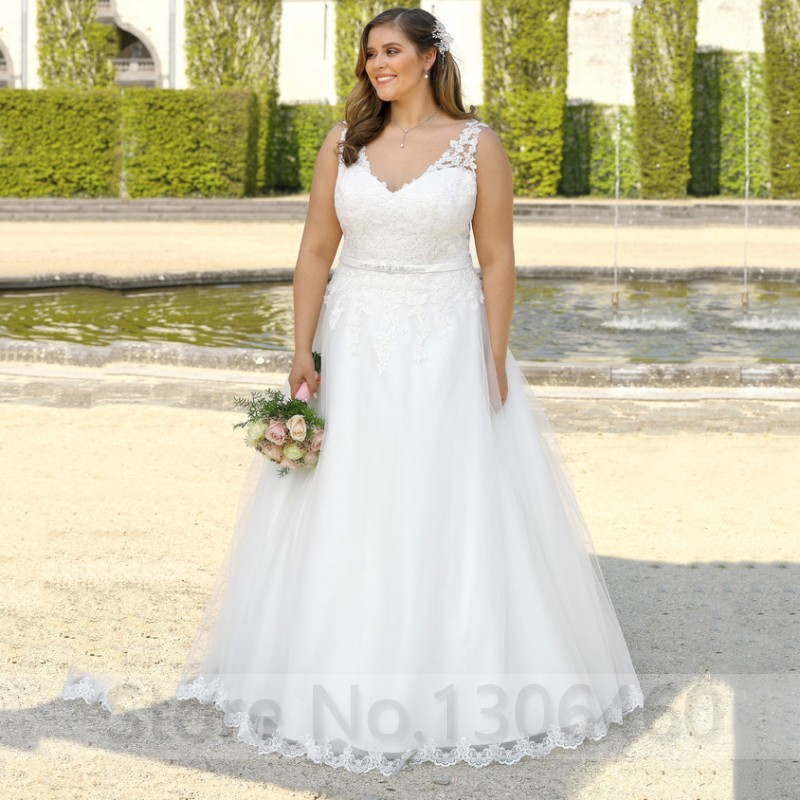 Plus Size Custom Made Sexy V Neck Wedding Dress For Big Size Women Appliques Beading Belt Bride Dress Vestido De Noiva 2019