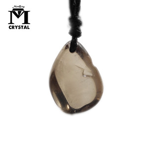 Natural Smoky Quartz Necklaces Crystal Pendants Gem Stone Quartz Irregular Pendulum Reiki Chakra Suspension Jewelry(China)
