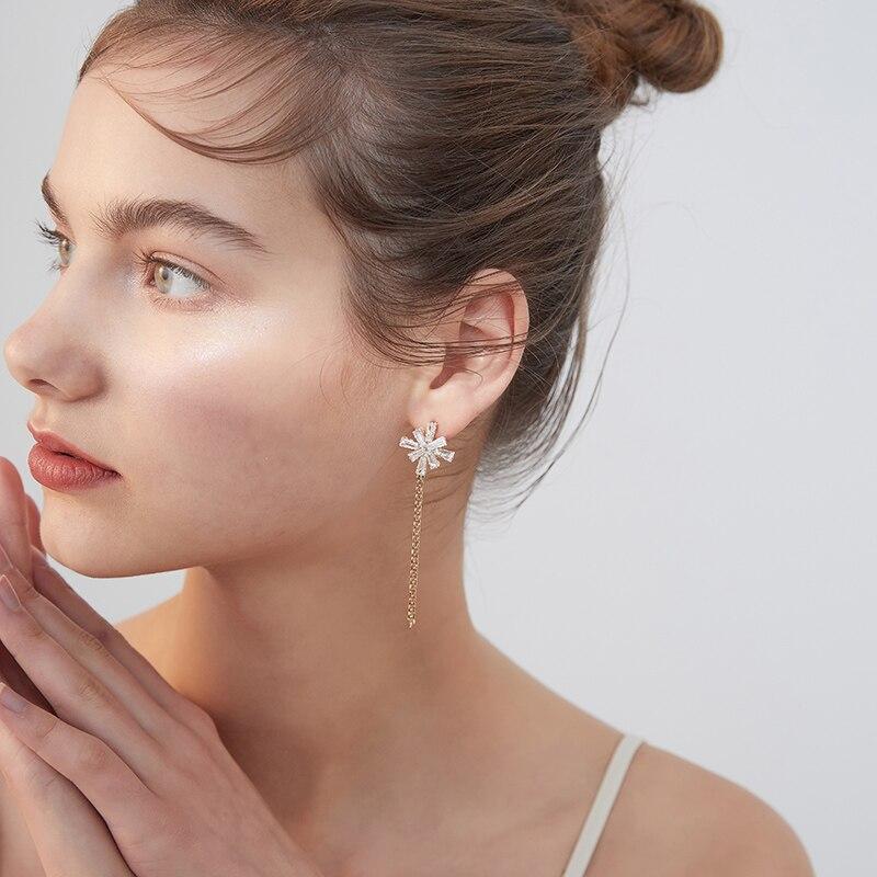 Xinwei earring 2020 new simple snowflake tassel earrings for women long section artificial crystal pendant earrings gift jewelry