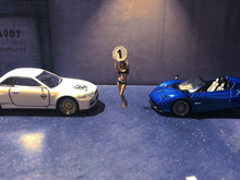 Масштаб 1/64 Смола литой гоночный автомобиль, сексуальная красота, автомобиль сцены, кукла модель, расположение сцены, коллекция декоративны...