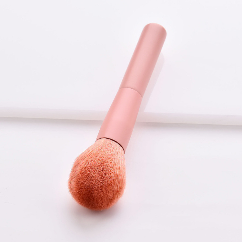 New-Hot-Fashion-Makeup-Brush-1PC-Wooden-Foundation-Eyebrow-Eyeshadow-Cosmetic-Brushes-Sets-Tools-Pincel-Maquiagem.
