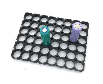 500pcs/lot MasterFire 6*8 Cell 18650 Battery Spacer Radiating Shell Plastic Heat Holder Bracket Batteries Storage Box Brackets