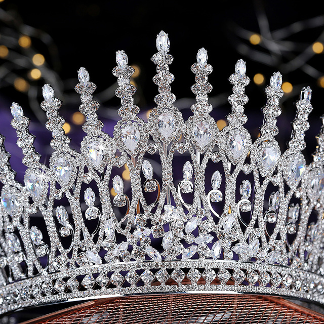 Tiaras and crown hadiyana women we