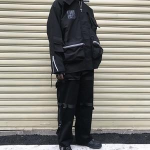 Image 3 - Calças de carga de hip hop streetwear 2019 harajuku calças com zíper traseiro fivela fita hiphop corredores harem calças bolsos outono preto